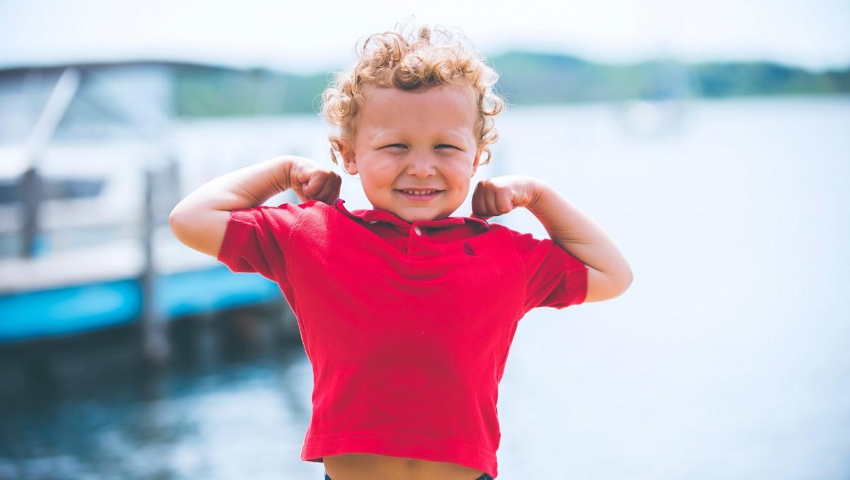 Mladý chlapec prodělal plané neštovice a už je zdravý.